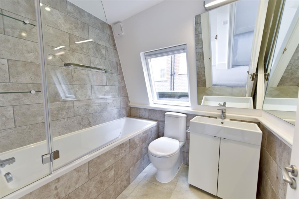 Bathroom Fitters - Refurbishment Chelsea London