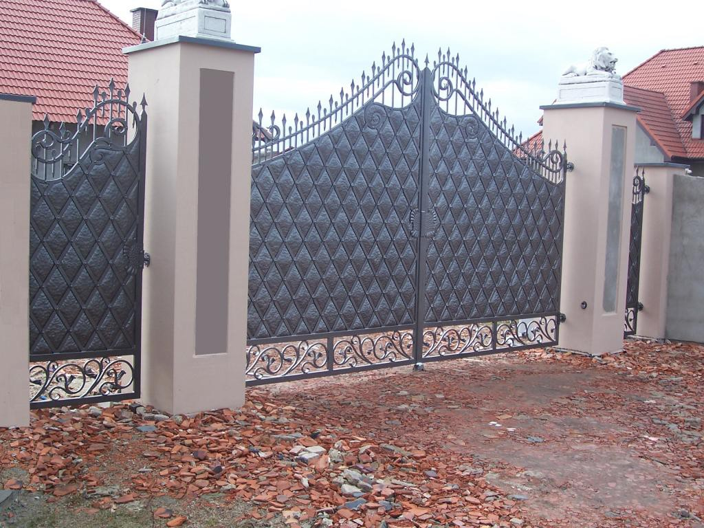 Full iron gate, complete renovation in Chelsea