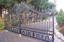 Individual project, ornamented iron gate in SW1
